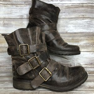 Steve Madden Colony 6M Brown Distressed Moto Boots